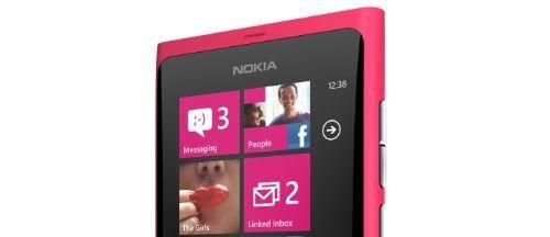 Vând telefon Lumia 800